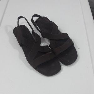 🇺🇸 Mootsies Tootsies sz 9 brown sling sandals